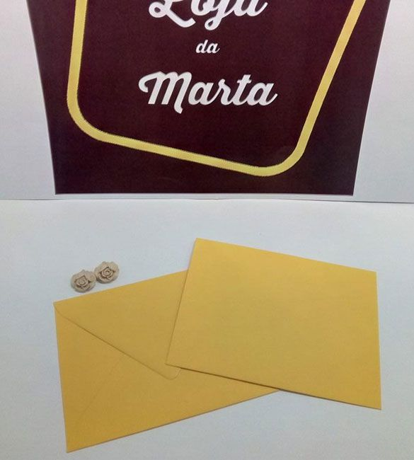 Envelope C6 amarelo