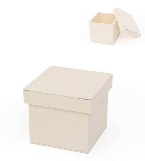 Caixa de madeira com tampa de encaixe